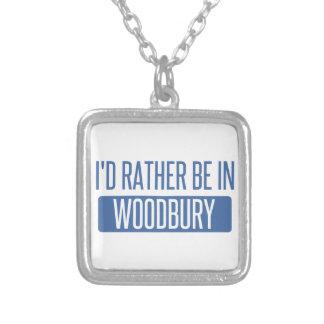 Collier Je serais plutôt dans Woodbury