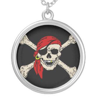 Collier Jolly roger de pirate