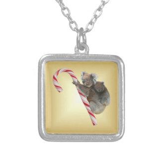 Collier Koala de sucre de canne de Noël
