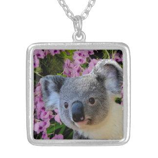 Collier Koala et orchidées