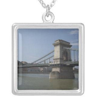 Collier La Hongrie, capitale de Budapest. 3 historiques