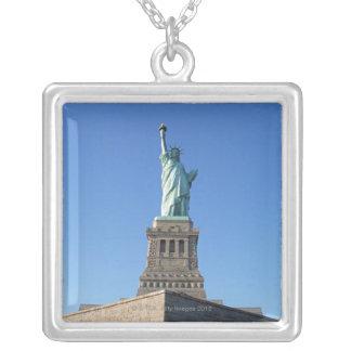 Collier La statue de la liberté