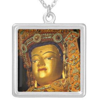 Collier La statue dorée de Jowo Bouddha, temple de