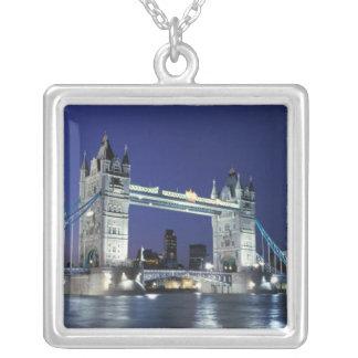 Collier L'Angleterre, Londres, pont 3 de tour