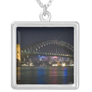 Collier L'Australie, Sydney. Port de Sydney la nuit