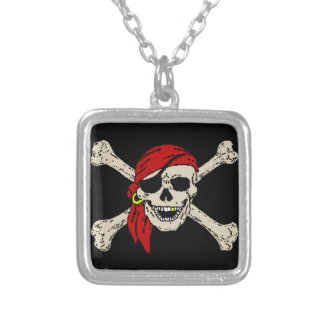Collier Le crâne de pirate de jolly roger désosse la