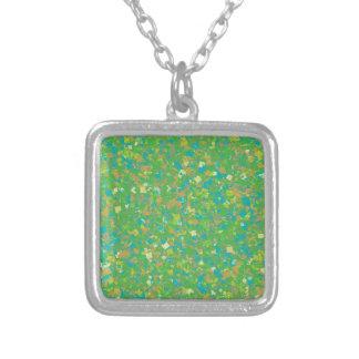 Collier Le MODÈLE vert élégant de confettis ajoutent