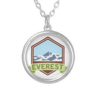 Collier Le mont Everest