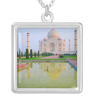 Collier Le Taj Mahal de renommée mondiale paisible
