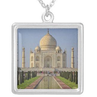 Collier Le Taj Mahal, un mausolée situé à Âgrâ, Inde, 2