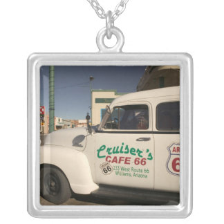 Collier Les Etats-Unis, Arizona, Williams : Café 66 de