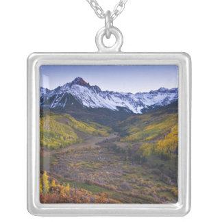 Collier Les Etats-Unis, le Colorado, montagnes rocheuses,