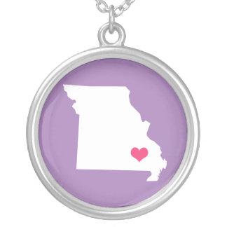 Collier L'État d'origine pourpre et rose lilas du Missouri