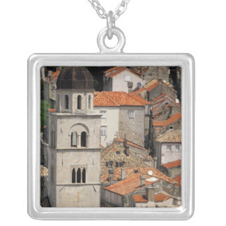 Collier L'Europe, Croatie. Ville murée médiévale de