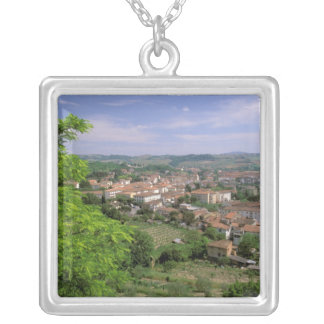 Collier L'Europe, Italie, Toscane, Certaldo. Colline