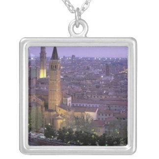 Collier L'Europe, Italie, Vénétie, Vérone. Vue de Castel