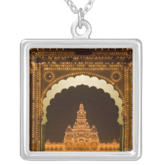 Collier L'INDE, Karnataka, Mysore : Le palais de Majaraja