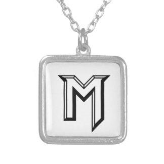 Collier Logo principal de M