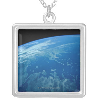 Collier Mettez à la terre du satellite 3