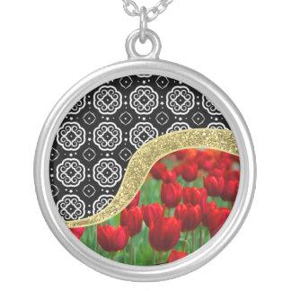 Collier Motif décoratif de BW de tulipes de parties