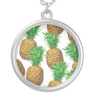 Collier Motif sans couture avec des ananas