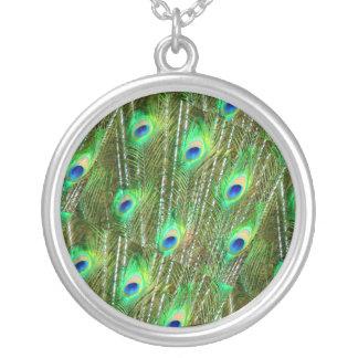 Collier Motif vert et bleu de plume de paon