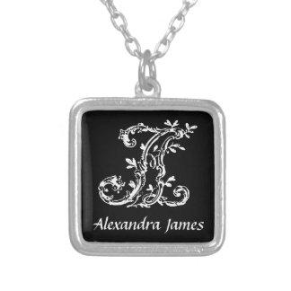 Collier Noir et blanc une initiale de monogramme