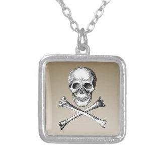 Collier Os de crâne et de croix gris