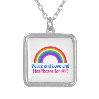 Collier Paix et amour et soins de santé pour tout