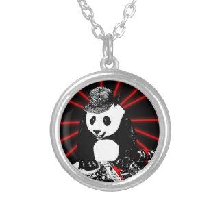 Collier Panda de disc-jockey