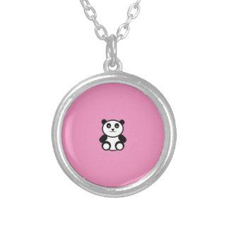 Collier Panda mignon sur le rose en pastel
