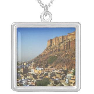 Collier Paysage urbain de la ville bleue avec Meherangarh,