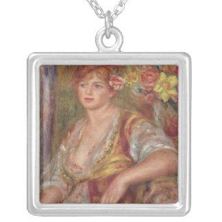 Collier Pierre une femme blonde de Renoir | avec un rose