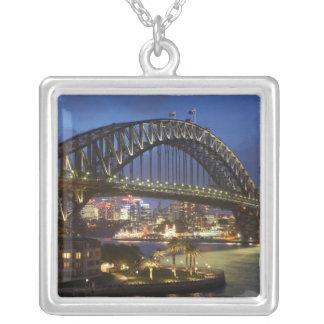 Collier Pont de port de Sydney et hôtel de Hyatt Sydney de