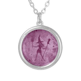Collier Sorcière rose de balai