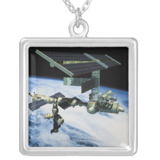 Collier Station spatiale en orbite 10