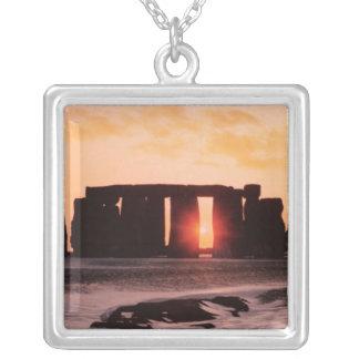 Collier Stonehenge, solstice d'hiver