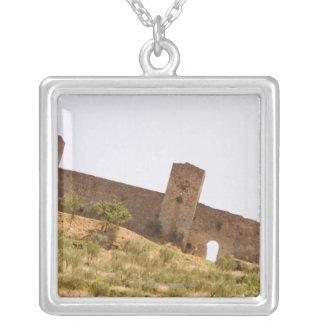 Collier Vue d'angle faible d'un fort, Monteriggioni,
