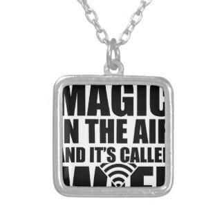 Collier Wifi magique