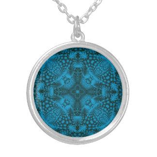 Colliers vintages noirs et bleus de kaléidoscope