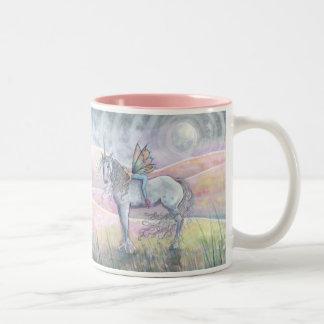 Collines de tasse féerique de licorne