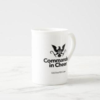 """""""Commandant tasse de porcelaine tendre dans"""