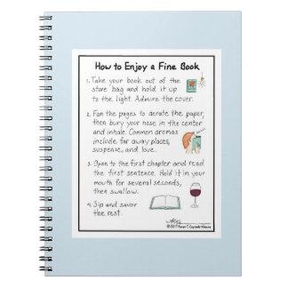 Comment apprécier un carnet bleu-clair de livre
