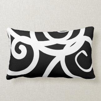 Concepteur abstrait moderne blanc et noir lombaire coussin rectangle
