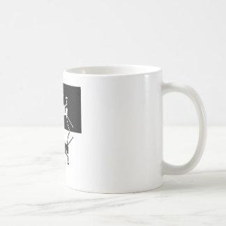 Conception 2 de sauterelle noire et blanche mug