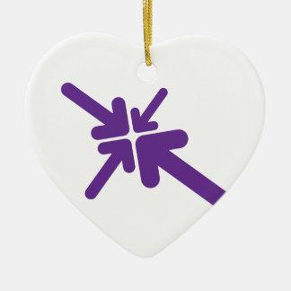 Conception de flèches ornement cœur en céramique