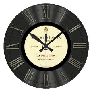 Conception imprimée rétro par disque vinyle grande horloge ronde