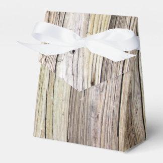 Conseils en bois patinés avec la patine rustique boite faveurs de mariage