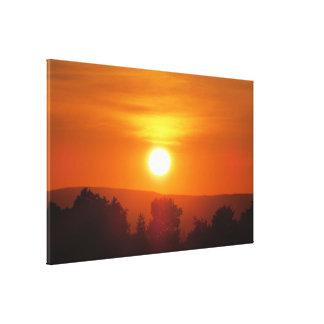 Copie orange lumineuse de toile de coucher du