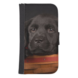 Coque Avec Portefeuille Pour Galaxy S4 Chiot noir de labrador retriever dans un panier